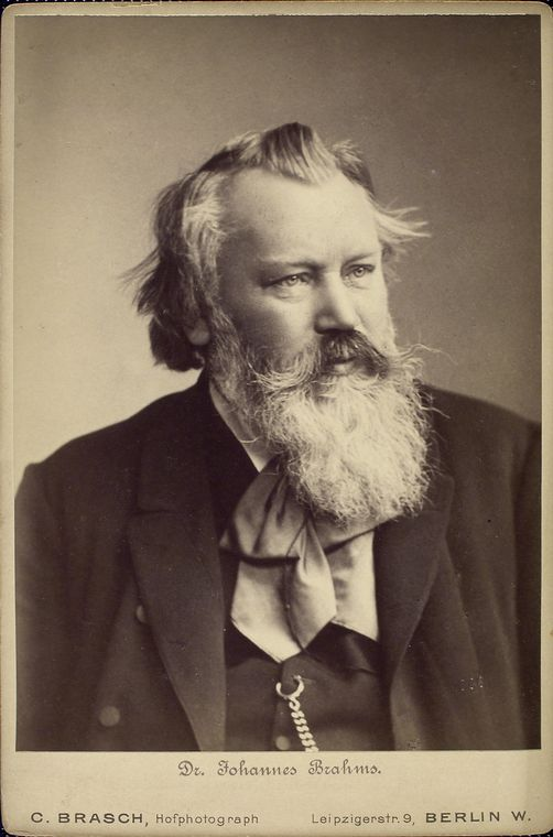 Johannes BRAHMS, un portrait fait par «C.BRASCH, Hofphotograph, Berlin», probablement 1889, Manuscripts and Archives Division, The New York Public Library, Johannes Brahms, The New York Public Library Digital Collections. 1860 - 1979