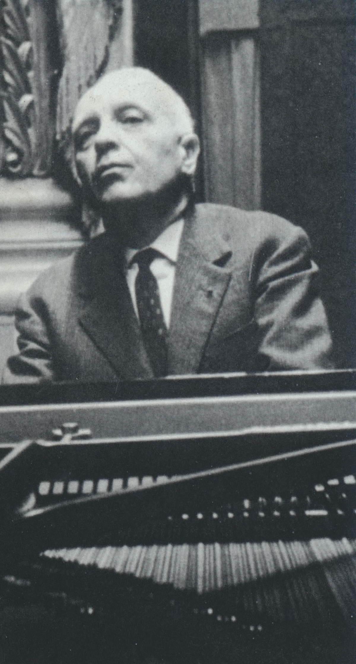 Robert CASADESUS, photo de presse Sony, date, lieu et photographe inconnus