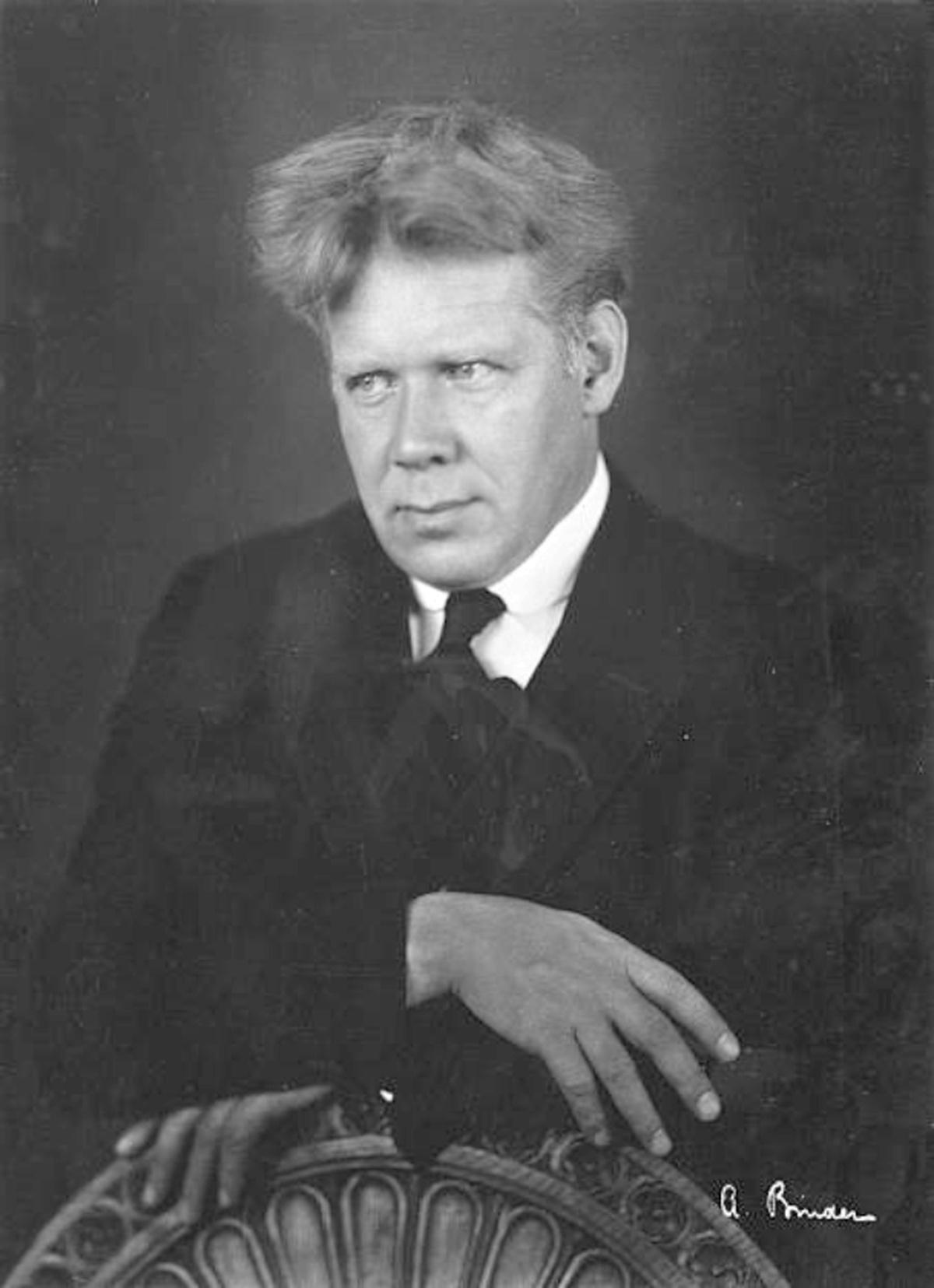 Edwin FISCHER, décembre 1931, portrait fait par A.Binder, cliquer pour une vue agrandie