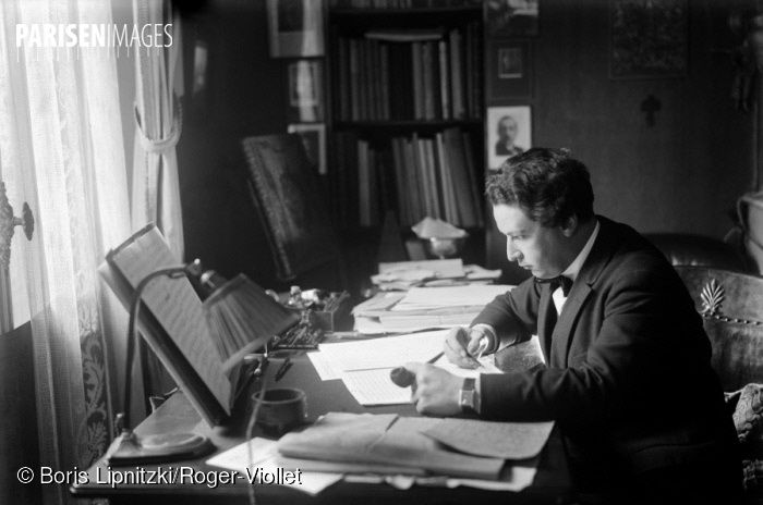Arthur Honegger à Paris vers 1930, ParisEnImages © Boris Lipnitzki/Roger-Viollet