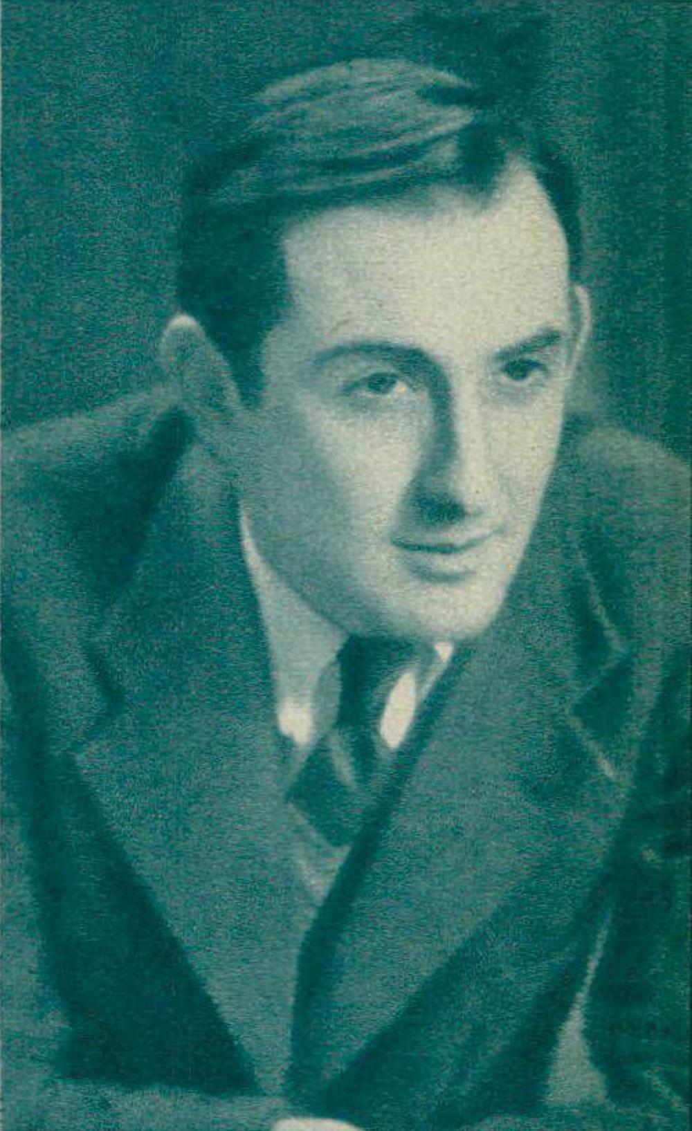 Nikita MAGALOFF, un portrait publié - entre autres - dans la revue Le Radio du 19 janvier 1940 en page 68, cliquer pour un agrandissement