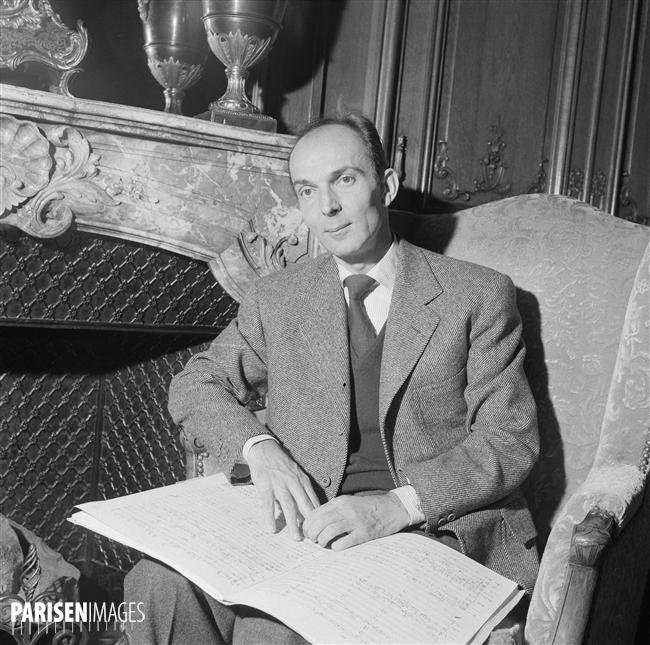 Igor MARKEVITCH, octobre 1957, Paris, © Roger-Violet et Boris Liptnitzi, PARISENIMAGES, cliquer pour voir l'original