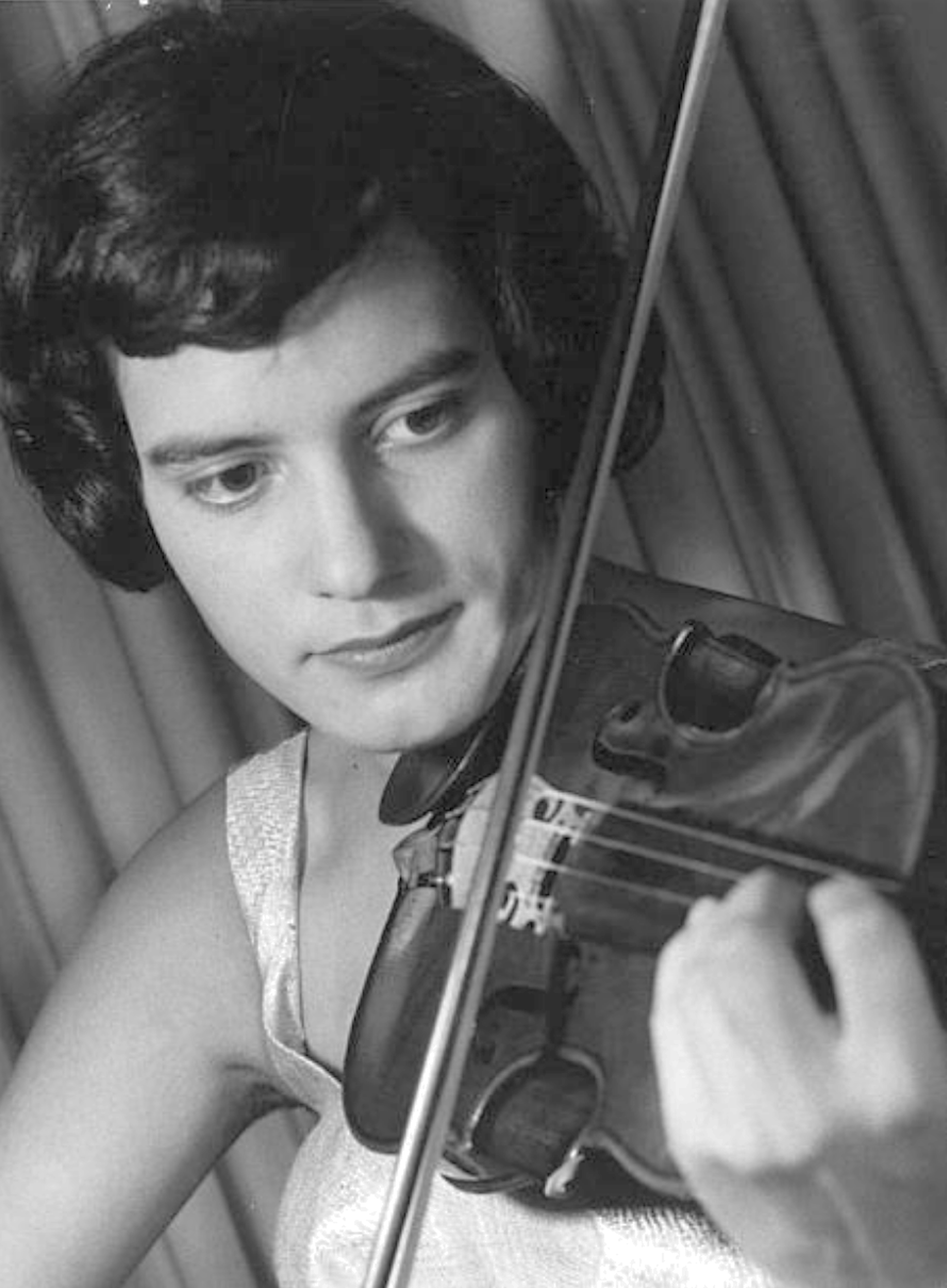 Edith PEINEMANN en 1959, Cliquer sur la photo pour une vue agrandie et les références