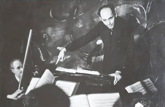 Georg Solti et l'orchestre de l'Opéra d'État de Bavière en 1947