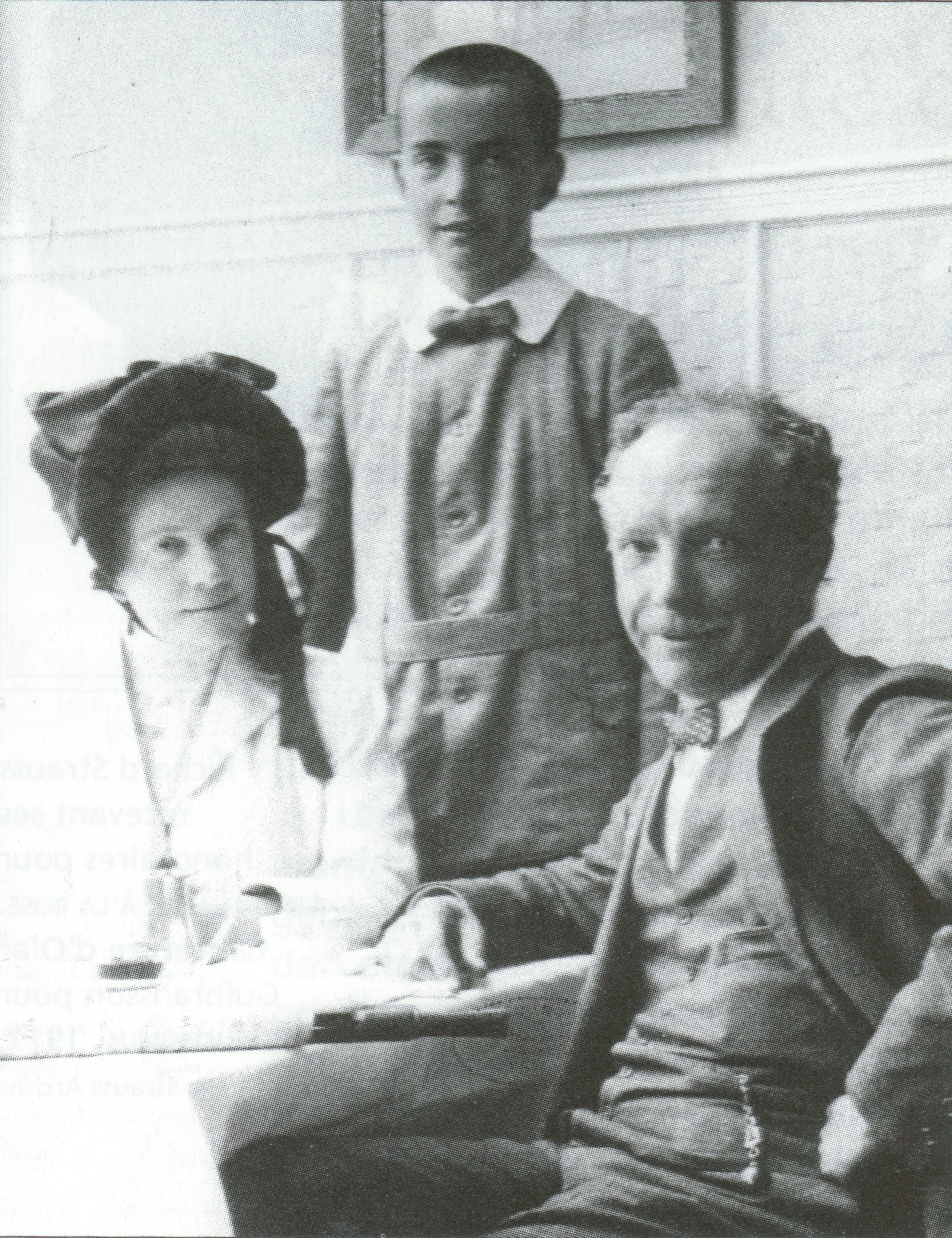 Richard STRAUSS avec son épouse Pauline et son fils Franz, vers 1910, cliquer pour une vue agrandie