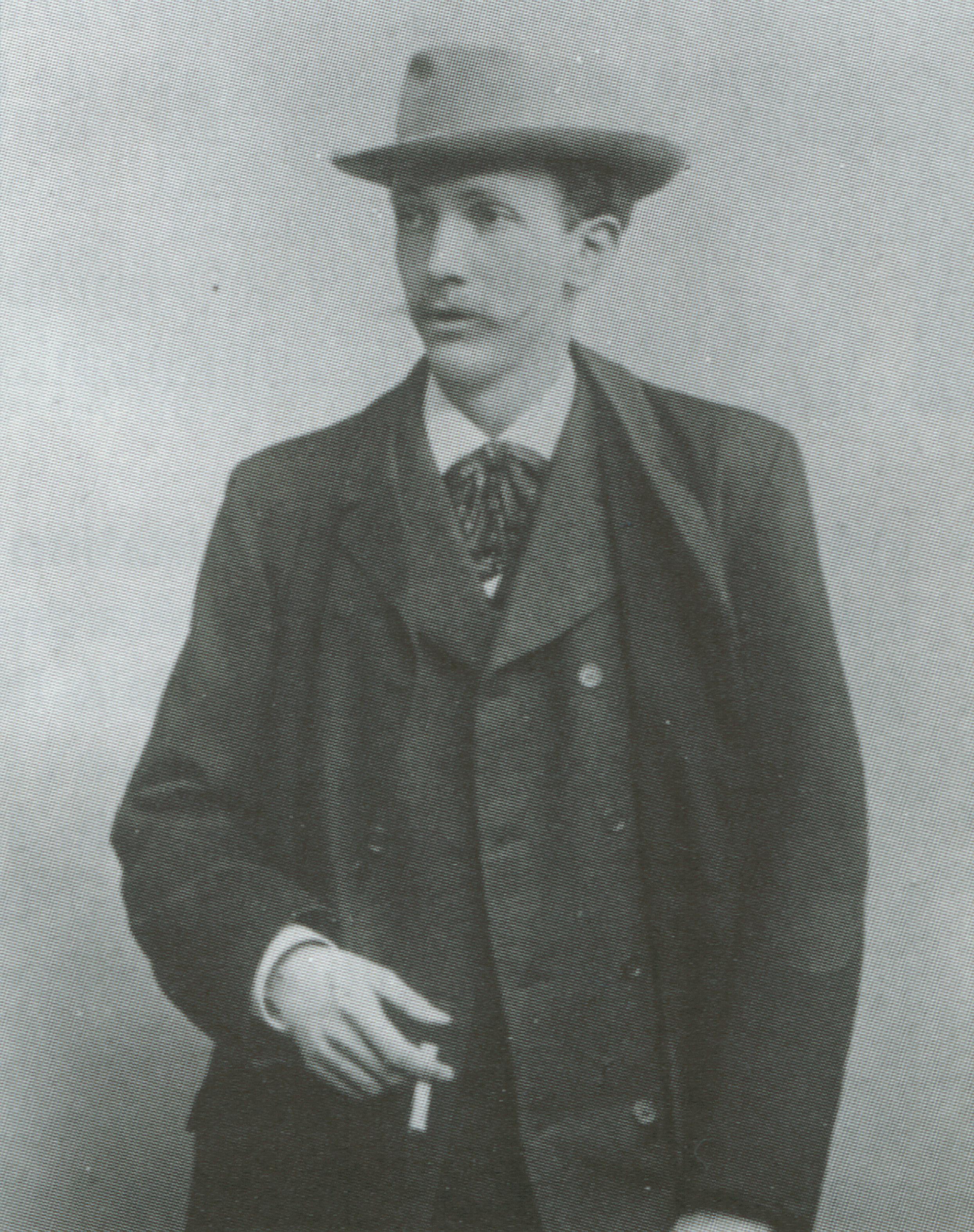 Richard STRAUSS vers 1901, une photo de l'Atelier Hertel, cliquer pour une vue agrandie